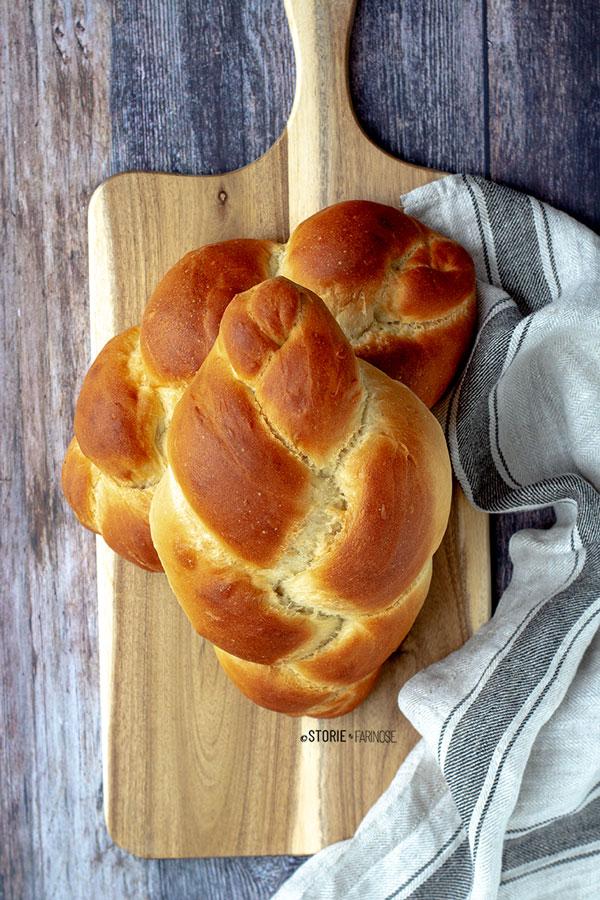 challah ebraico con intreccio