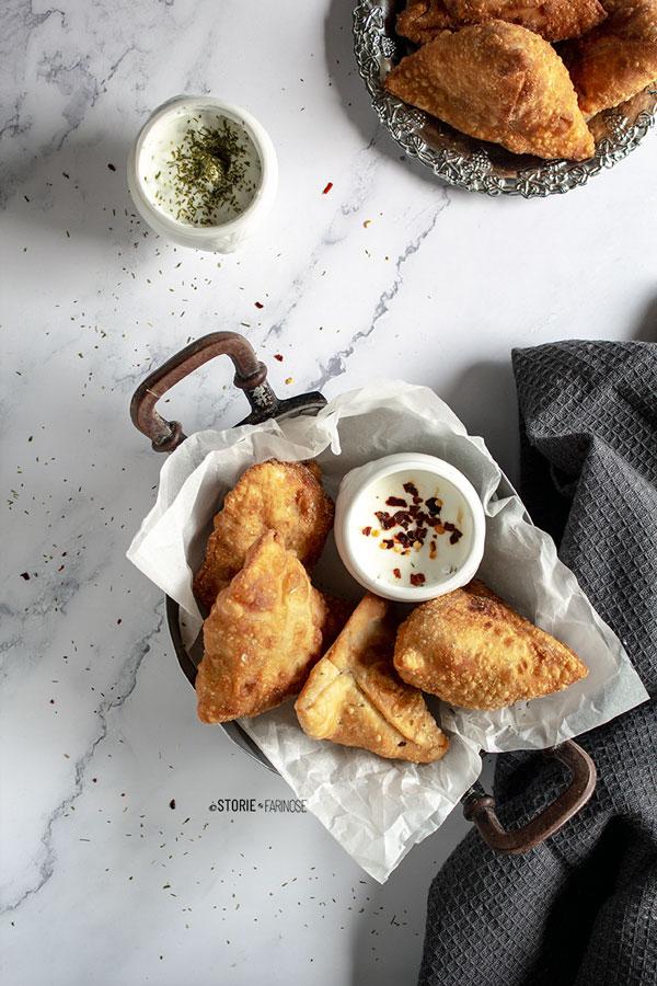 samosa indiani vegetariani