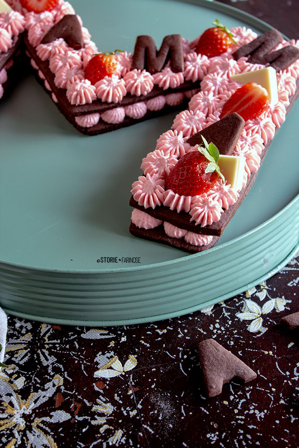 letter cake in primo piano